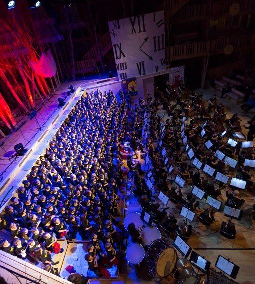 1000 enfants chantent l' opéra