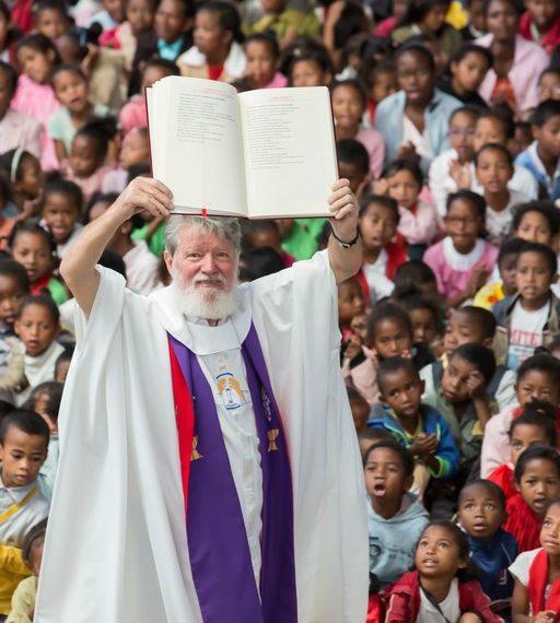 Père Pedro Akamasoa